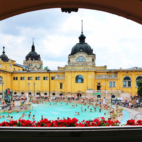A Money-Saving Guide to Széchenyi Thermal Bath in Budapest