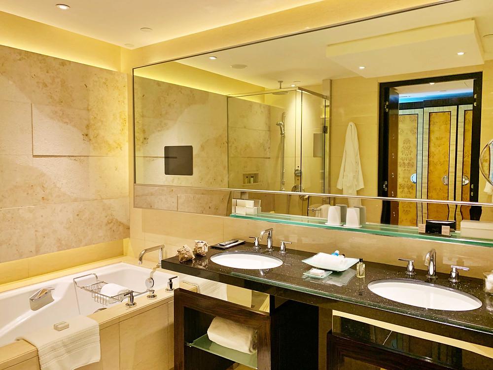 Bathroom of Four Seasons Hotel Hong Kong