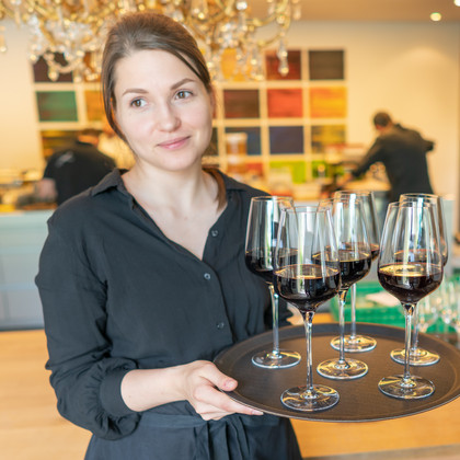 Dreierlei Wine Service in Action.JPG