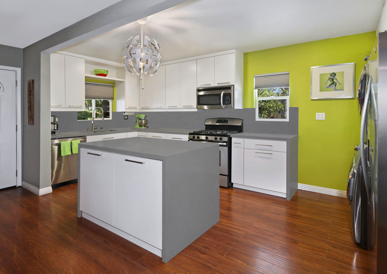 Grey Amazon Kitchen