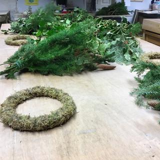 Seasonal Wreaths | Flower Party