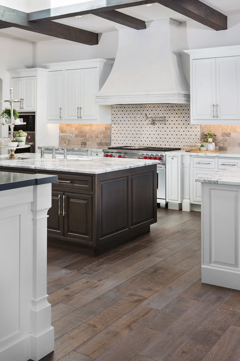 5024DesertParkLn-Kitchen-2.jpg