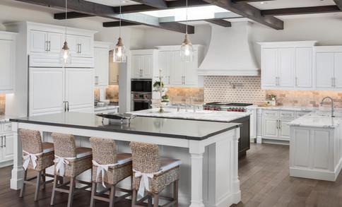5024DesertParkLn-Kitchen-1v2.jpg