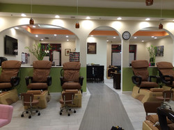 nail salon chair layout
