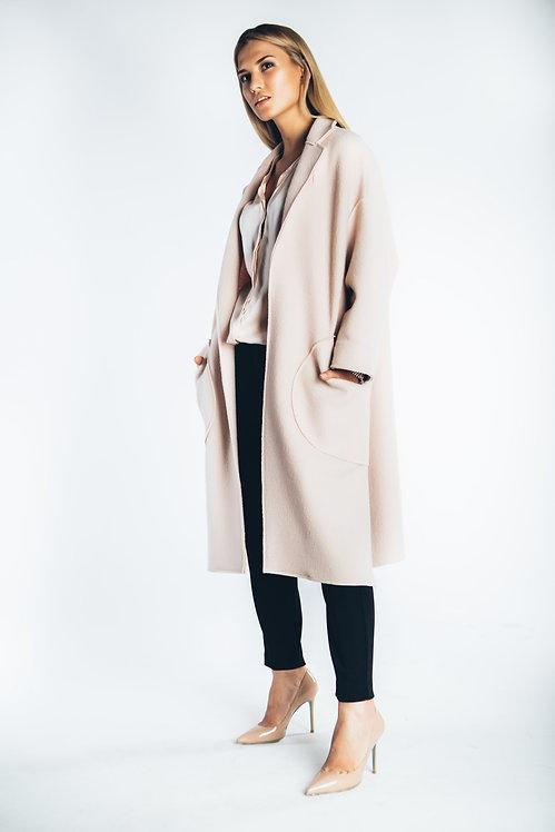 Пальто с разрезами
