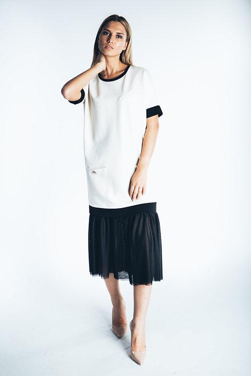Платье черно-белое с нижней юбкой