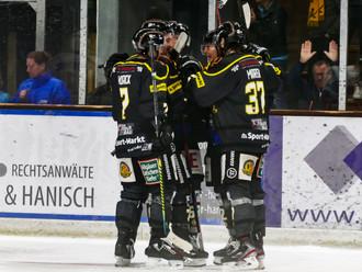 Doppelter Ovaska sichert Sonthofen verdiente zwei Punkte.