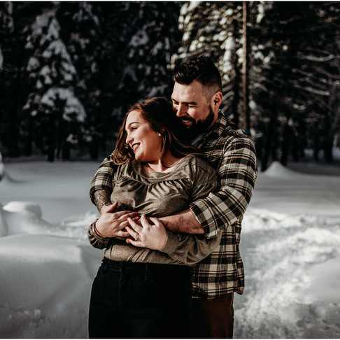 Sunny Winter Engagement / Mount Spokane, WA / Emily & Brad