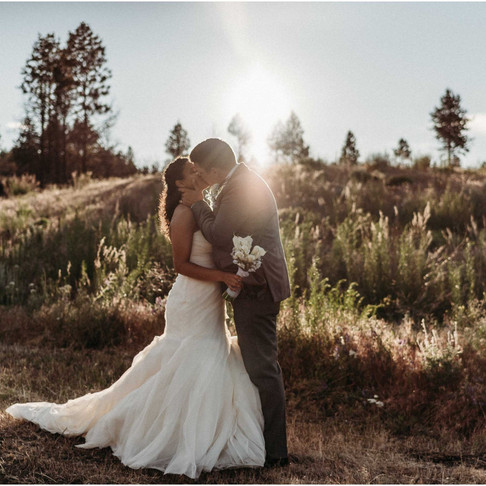 Intimate Mountain Wedding / Oroville, WA / Kai & Levi