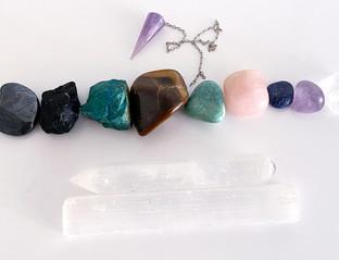 cristais e pendulo