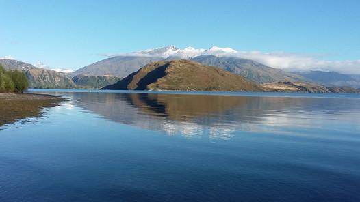 Lake Wanaka from Glen Due bay chauffeurnz.com