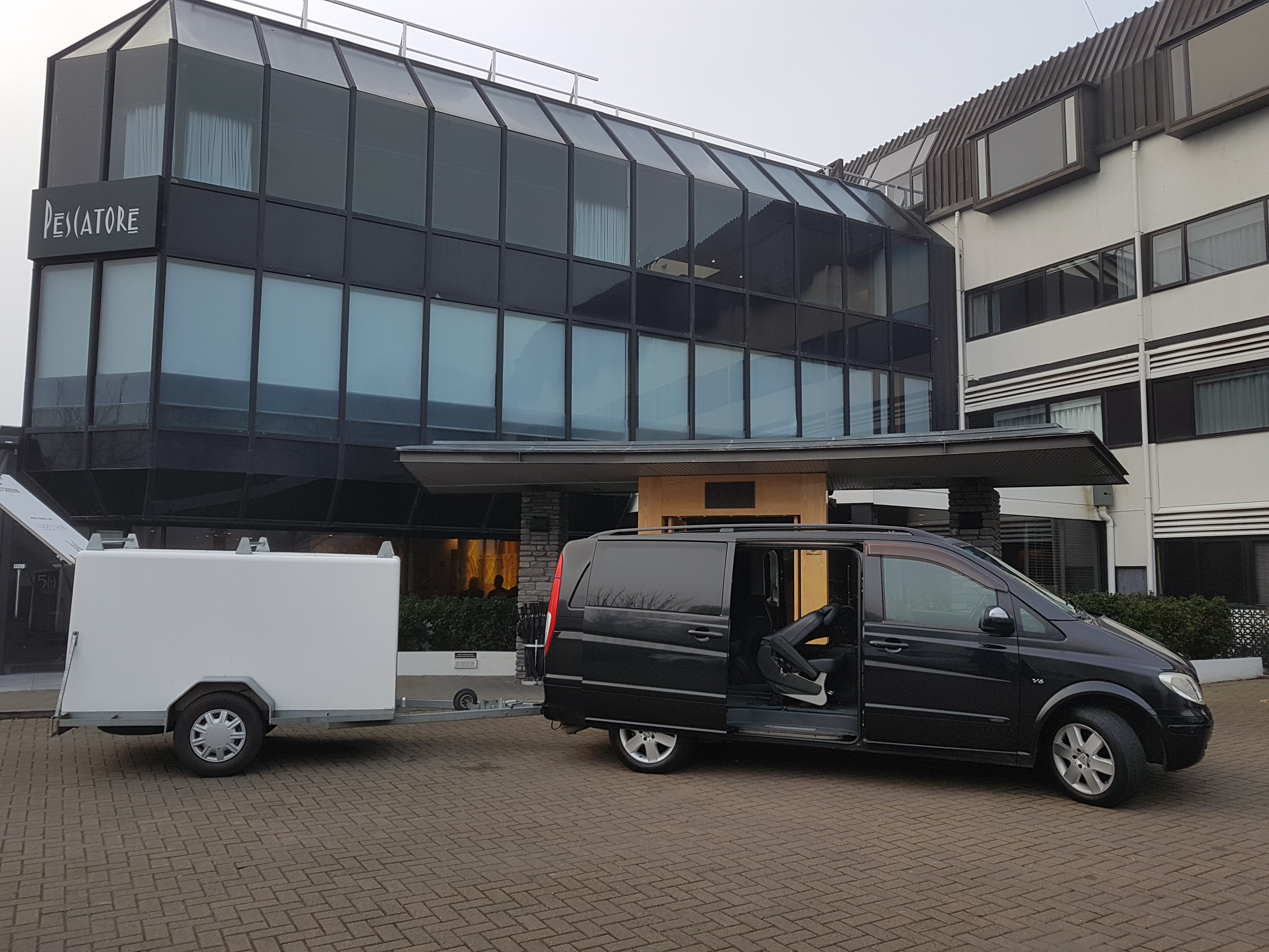 Mercedes & Trailor