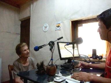 Nona en la radio 1.jpg