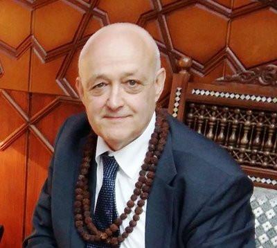 Paul van Oyen - Een bankier werd filosoof om weer bankier te worden.