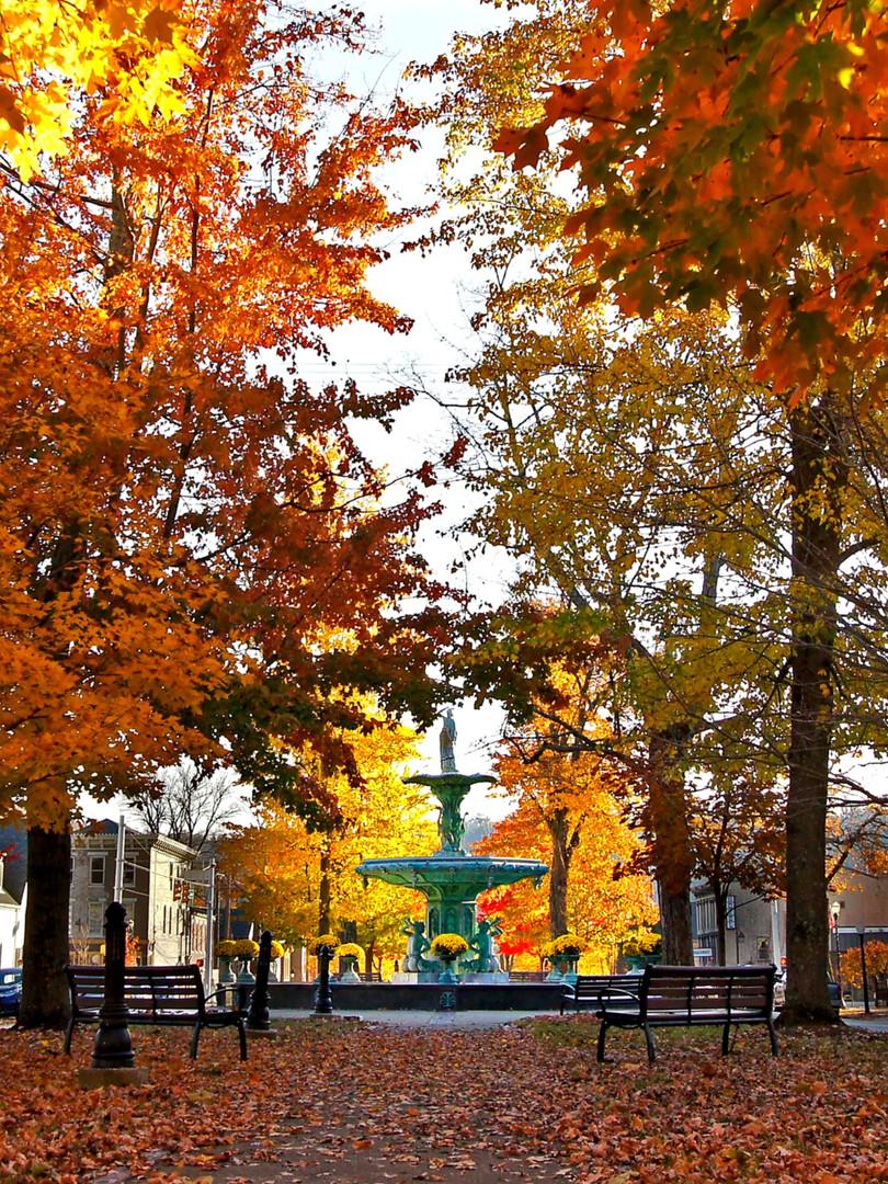 Broadway Fountain in the Fall