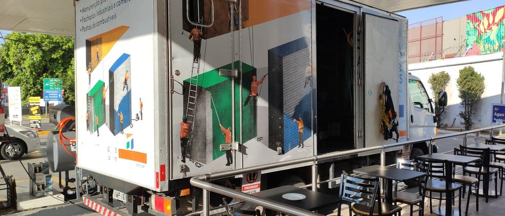 Caminhão padrão para colocação de imagem