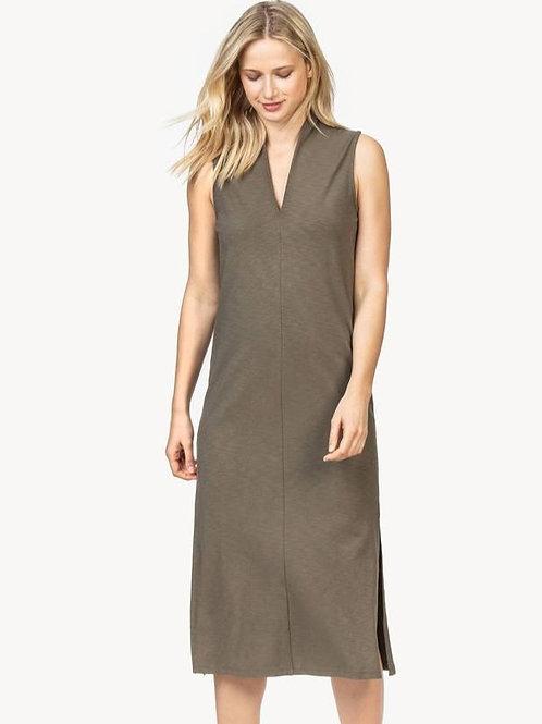 Lilla P - Sleeveless Shift Dress