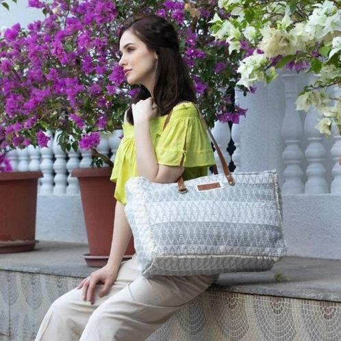 Myra Bag - Snowy Weekender Bag