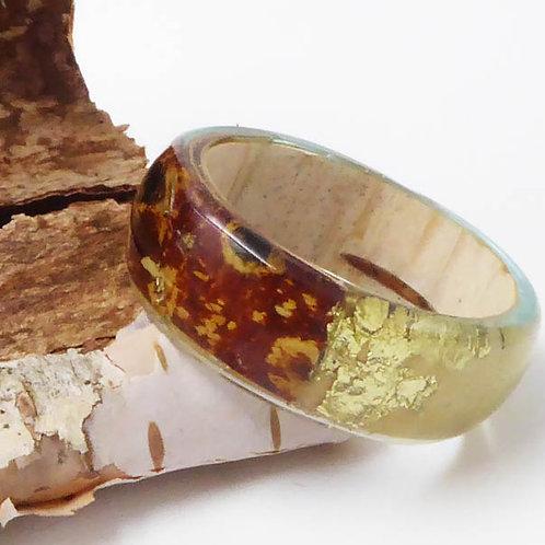 Ring mit Birkenrinde und Blattgold