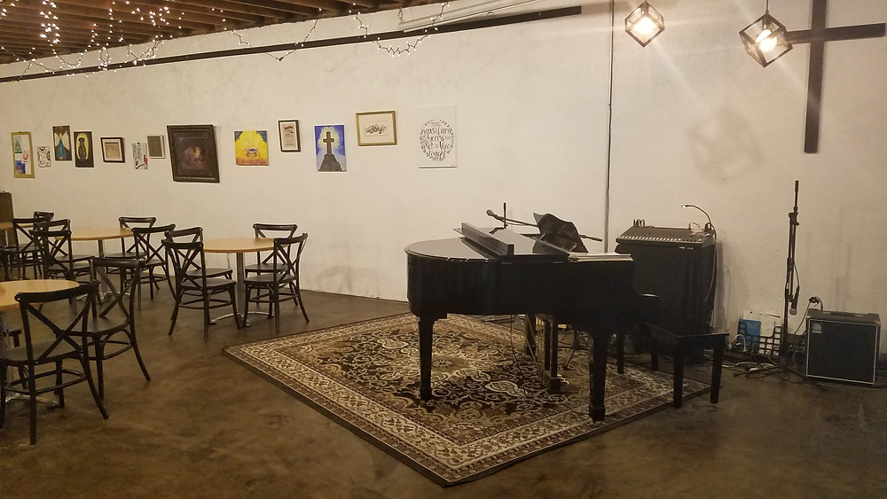 grand piano at coffee shop