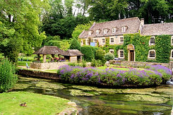 Picturesque garden in the Cotswold villa