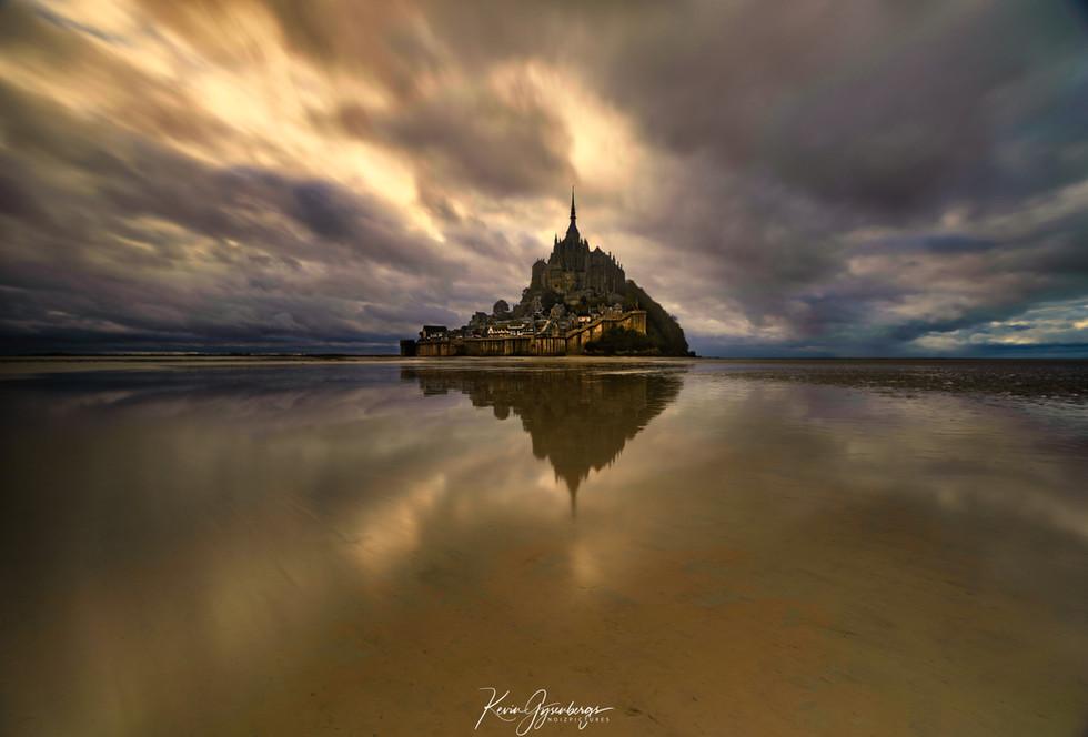 Mont Saint Michel Golden Hour.jpg