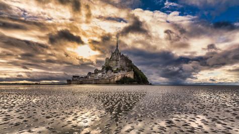 Mont Saint Michel Golden_-2.jpg