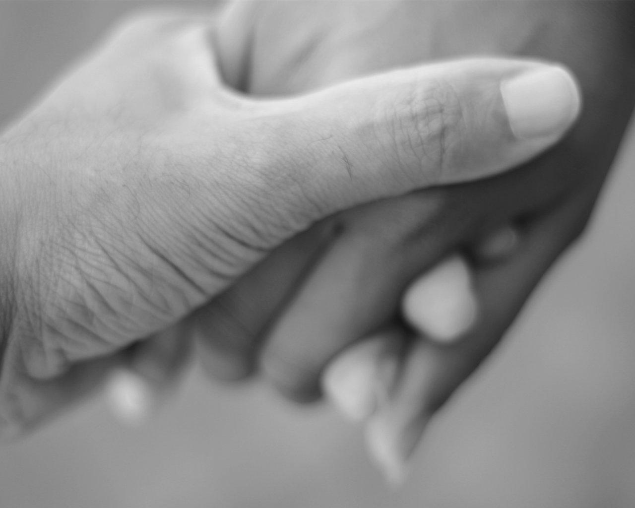 hold+hands.jpg