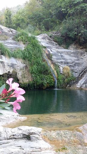 Immobilie in Ligurien der Wasserfall