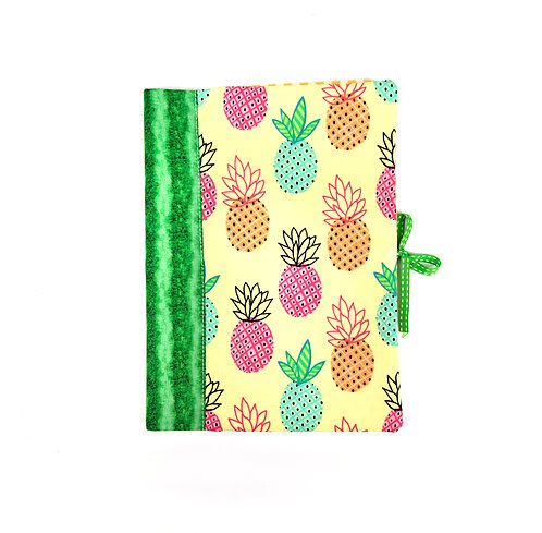 "Protège cahier ou livre A5 "" ananas """