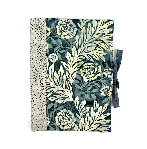 """Protège cahier ou livre A5 """"  grosses fleurs """""""