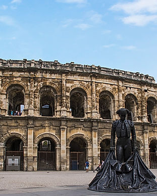 the-arena-of-nimes-2968780_1280.jpg