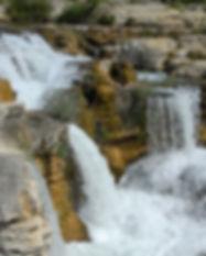 cascade-1759019_1280.jpg