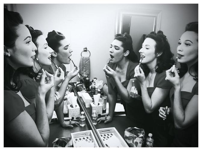 lipstick_mirror.JPG