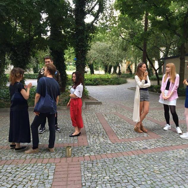 08.07.2016 – Studenci Pracowni Tkaniny Eksperymentalnej prof. Barbary Łuczkowiak.