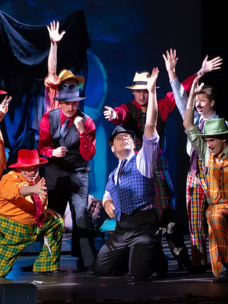 Aaron C. Rutherford - Guys & Dolls (Benny Southstreet)