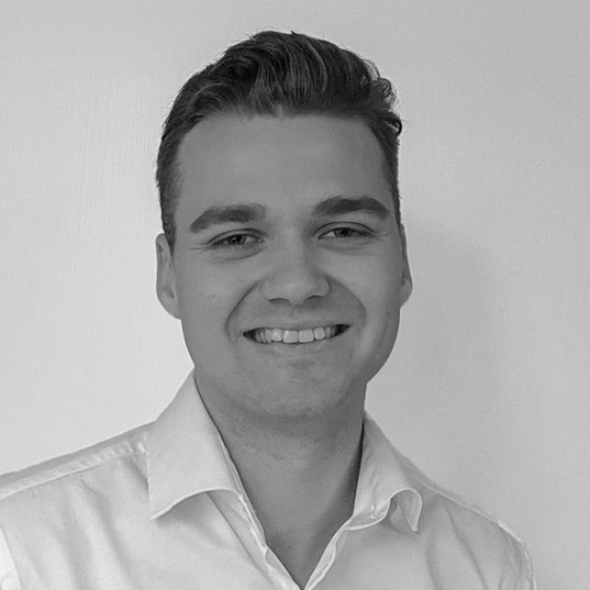 Fredrik Palm, Associate