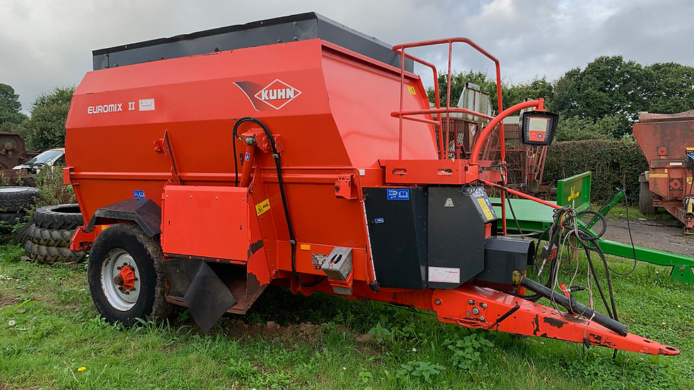 Kuhn 1060 Diet feeder