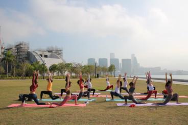 X'mas Partner Yoga