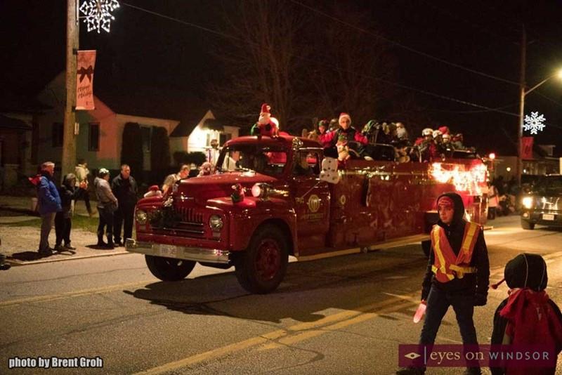 christmas-in-tecumseh-parade-008.jpg
