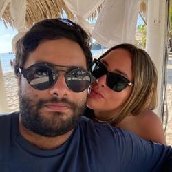 Sr. Cristian Barreto & Esposa