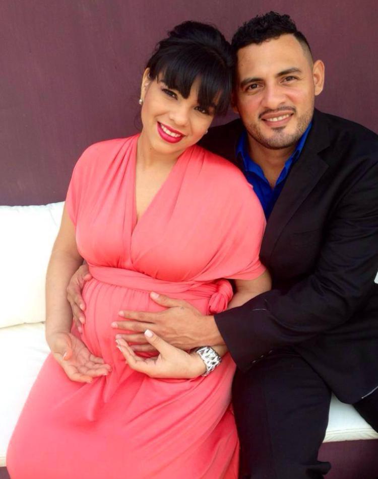 Sra. Maria J Arróliga & Sr. Roger G.