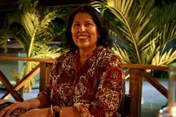 Sra. Yazmin Paredes