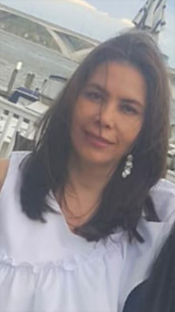 Sra. Sandra Soriano