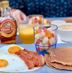 evenements _#pancakes #bacon #oeufs #jus