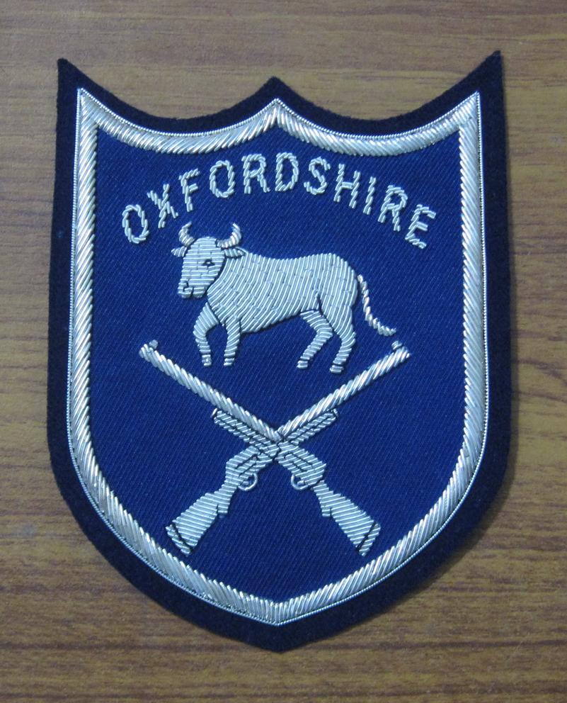 Oxfordshire silver wire blazer badge