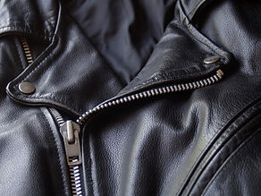 iStock_000001733393_Black-Leather-Motorc