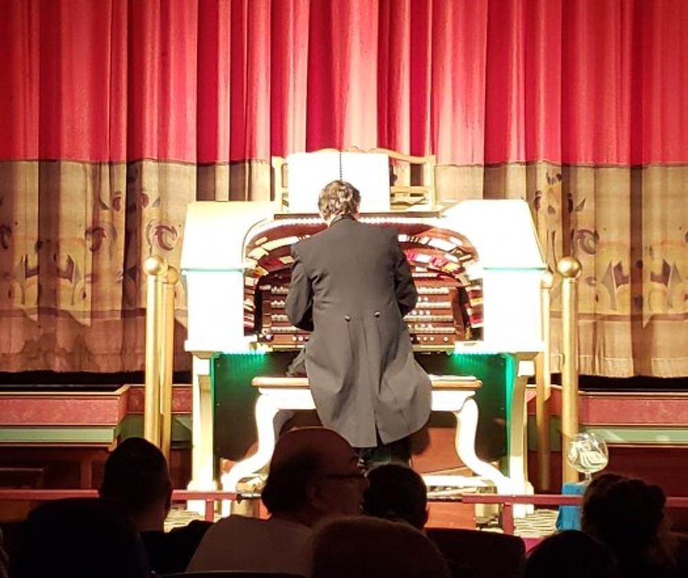 heights organ player