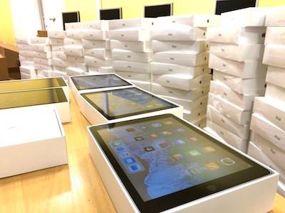 Máte ve škole iPady a řešíte jak nakoupit aplikace?