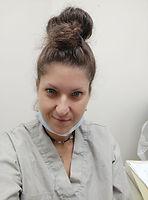 שירלי כהן, בוגרת אוניברסיטת תל אביב, שיננית מוסמכת.jpeg